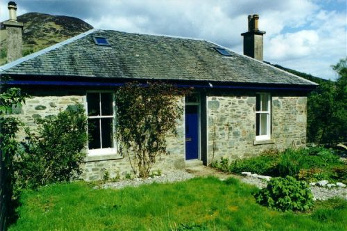 Loch Dhu self catering cottage aberfoyle
